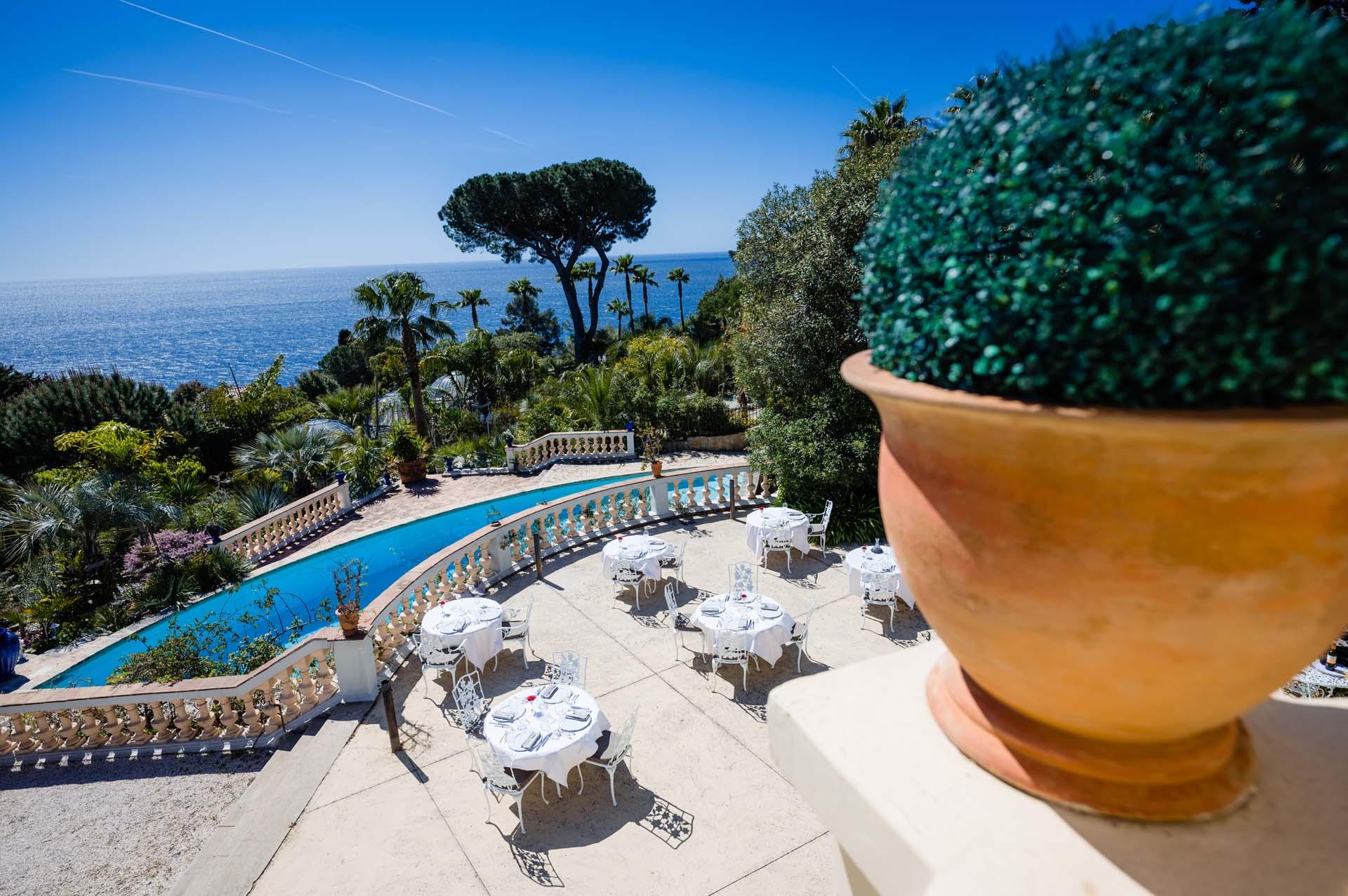 restaurant gastronomique les pins penchs tables vue mer toulon dans le var - Les Pins Penchs Mariage